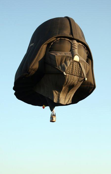 Darth Vader Balloon image